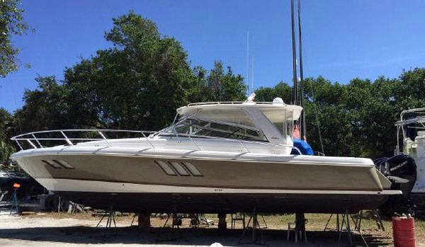 Used Intrepid 47 Sport Yacht Sports Cruiser Boat For Sale