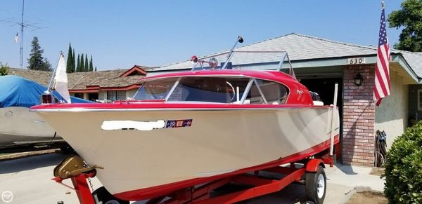Used Bryant Continental Antique and Classic Boat For Sale