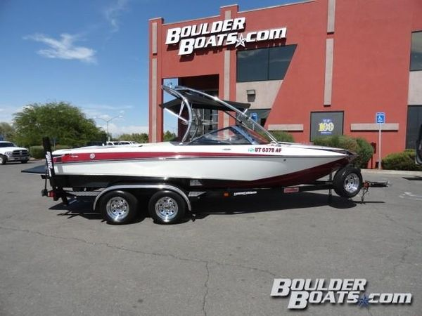 Used Malibu Resonse LXiResonse LXi Ski and Wakeboard Boat For Sale
