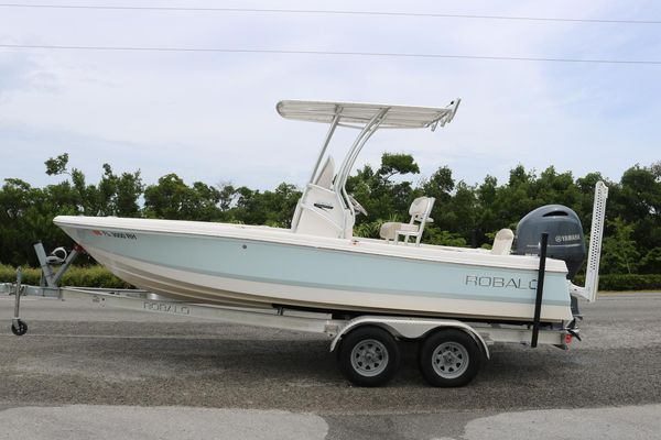 Used Robalo 206 Cayman206 Cayman Center Console Fishing Boat For Sale