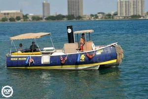 Used Smoker Craft 28 Pontoon Boat For Sale