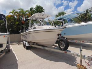 Used Grady-White Seafarer 228Seafarer 228 Walkaround Fishing Boat For Sale