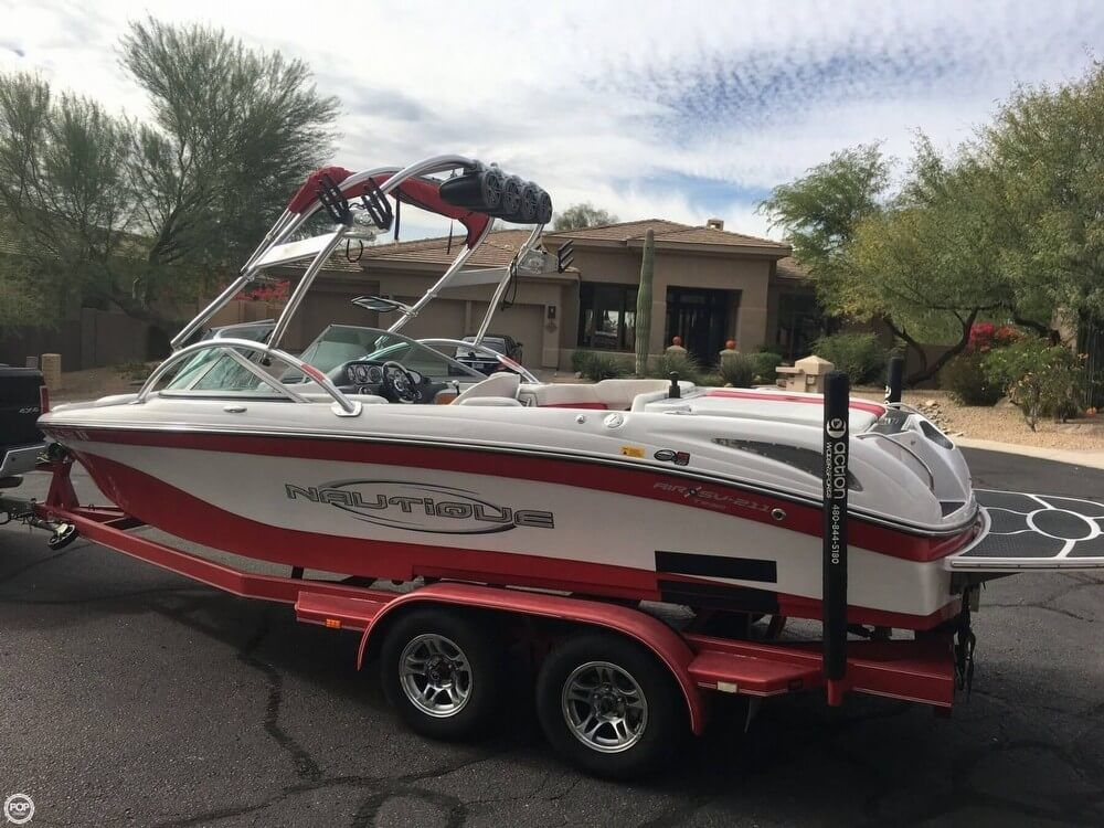 Used Correct Craft Nautique Air SV 211 Team Edition Ski And Wakeboard Boat For Sale