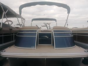 New Bennington 25 Q - Swingback (25QSB)25 Q - Swingback (25QSB) Pontoon Boat For Sale