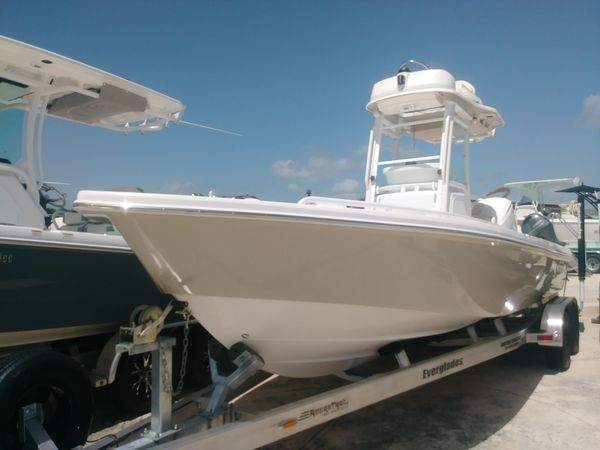 New Everglades 243 CC243 CC Center Console Fishing Boat For Sale