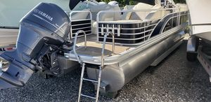 Used Bennington 2275 GCW2275 GCW Pontoon Boat For Sale