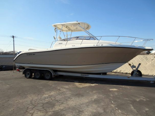 Used Century 3200 Cruiser Boat For Sale