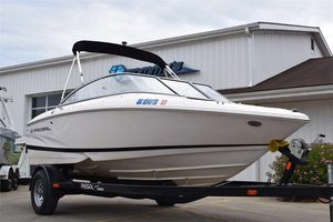 Used Regal 1900 ESX Bowrider1900 ESX Bowrider Ski and Wakeboard Boat For Sale