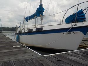 Used Morgan 28 Out Island Cruiser Sailboat For Sale