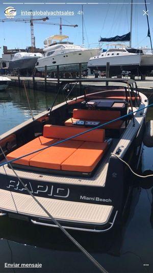 Used Vandutch 40 Walkaround Cruiser Boat For Sale