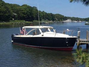 Used Mjm 29Z Express HT Cruiser Boat For Sale