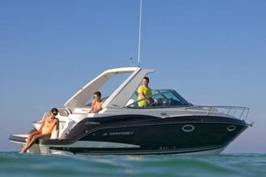 Used Monterey 275 Sport Yacht Cruiser Boat For Sale