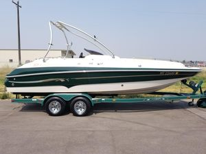 Used Larson 233 ESCAPE233 ESCAPE Deck Boat For Sale