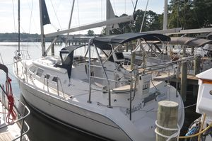 Used Hunter 41 Cruiser Sailboat For Sale