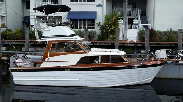 Used Owens Sea Skiff Cruiser Boat For Sale