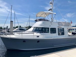 Used Beneteau Swift Trawler 34 Motor Yacht For Sale