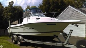 Used Seaswirl 2300 Striper Walkaround Fishing Boat For Sale