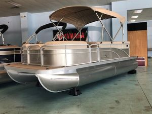 New Bennington S20 Cruise Pontoon Boat For Sale