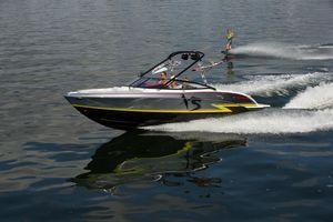 New Formula 270 Bowrider XS Bowrider Boat For Sale