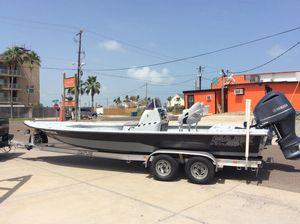 Used Majek 25' Majek Extreme Center Console Fishing Boat For Sale