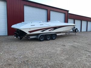 Used Fountain 35 Lightning - Fresh Water Only High Performance Boat For Sale