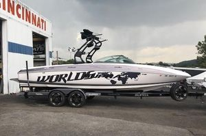 Used Supra 242 Launch242 Launch Ski and Wakeboard Boat For Sale