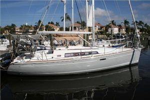 Used Beneteau 37 Oceanis Cruiser Sailboat For Sale