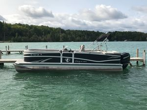 Used Premier 250 Solaris250 Solaris Pontoon Boat For Sale