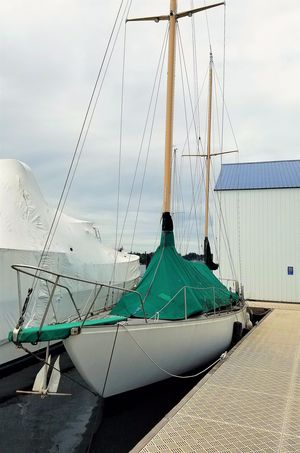 Used Spencer Center Cockpit Sailboat For Sale