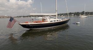 Used Morris M42 Cruiser Sailboat For Sale