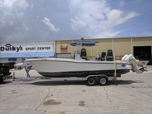 Used Dusky 256 Center Console Fishing Boat For Sale