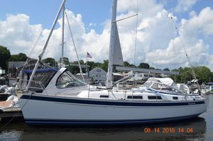 Used Hallberg-Rassy 372 Cruiser Sailboat For Sale