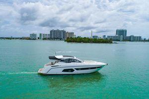 Used Azimut 43 ATLANTIS Cruiser Boat For Sale