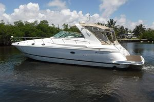 Used Cruisers Yachts 4270 Express Cruiser Boat For Sale