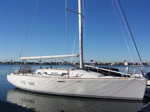 Used Beneteau First 40.7 Racer and Cruiser Sailboat For Sale