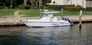 Used Everglades 270CC Center Console Fishing Boat For Sale