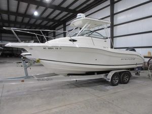 Used Seaswirl Striper 2301 Walkaround OB Freshwater Fishing Boat For Sale