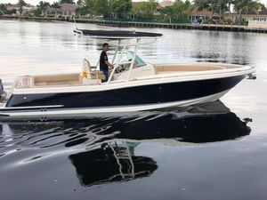 Used Chris-Craft Catalina 29 Sun Tender Center Console Fishing Boat For Sale