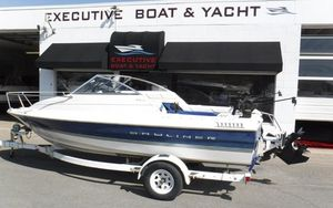 Used Bayliner Capri 1952 CL Cuddy High Performance Boat For Sale
