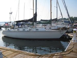 Used Tartan 34 Racer and Cruiser Sailboat For Sale