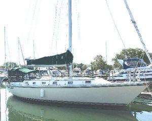 Used Caliber LRC Cruiser Sailboat For Sale