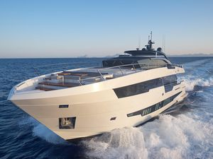 New Astondoa 100 Century Motor Yacht For Sale