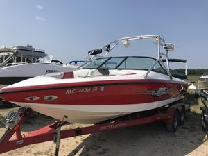 Used Centurion EscaladeEscalade Bowrider Boat For Sale