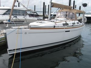 Used Dufour 325 Grand Large Racer and Cruiser Sailboat For Sale