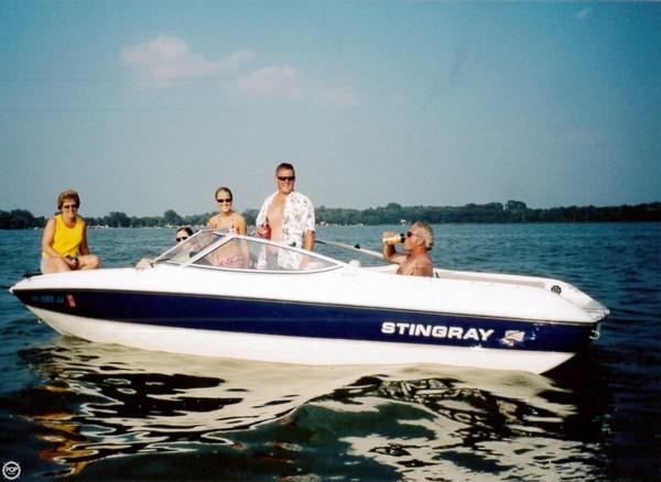 Used Stingray 190 FX Fish N Ski Bowrider Boat For Sale