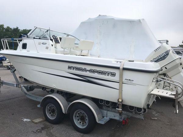 2000 Used Hydra-Sports 212 Seahorse WA Cuddy Cabin Boat For