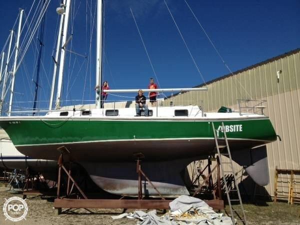 Used Yorktown 39 SL Sloop Sailboat For Sale