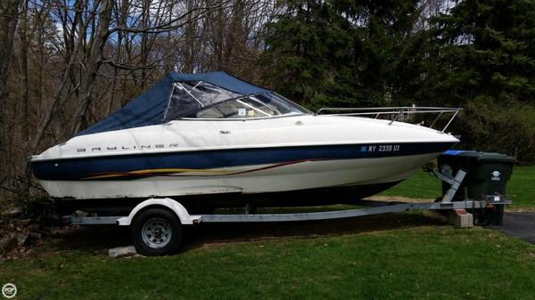Used Bayliner 215 Capri Bowrider Boat For Sale