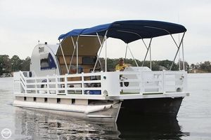 Used Trident 3010 Pontoon Boat For Sale