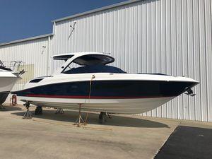 New Sea Ray SLX 350SLX 350 Bowrider Boat For Sale